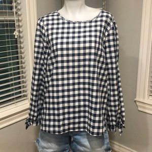 J. crew Navy Plaid Medium Top NWOT